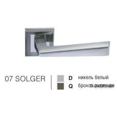 Ручка дверная на квадратной розетке SOLGER 07